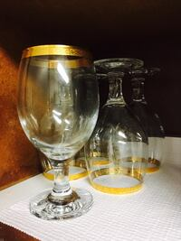 clear glass footed wine glass Sunrise, 33322