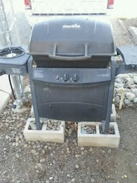 black and gray gas grill Yakima, 98902