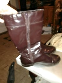 Woman's boots size 8 I believe  Phenix City, 36867