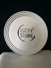 Lucky Strike bar tepsi