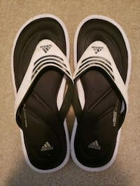 Adidas Size 6 fitfoam sandals