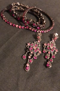 Bracelet and earring set Surrey