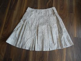 Ladies Spanner Size 14 Skirt $3 PU Morinville