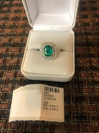 Emerald diamond ring Mc Lean, 22102