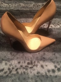 Pair of brown leather platform stilettos Lakeland, 33810
