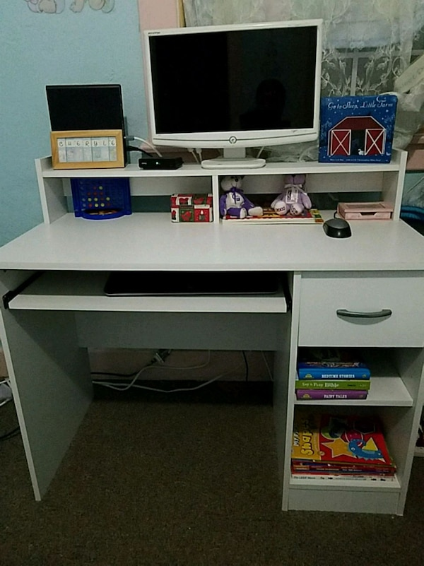 Used White Desk With Pullout Keyboard Tray 1 Drawer For Sale In