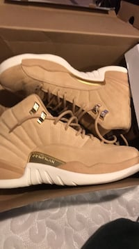 jordan  12.    size 9wm 7m Washington, 20002