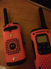 Motorola talkabout walkie talkies