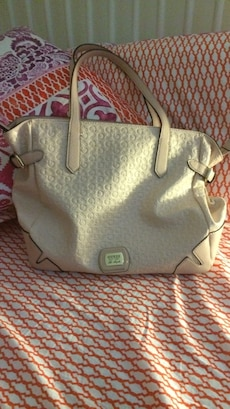 Sugar pink Guess bag