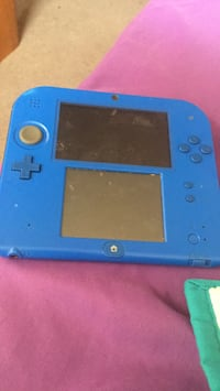 blue Nintendo DS game console Washington, 20009