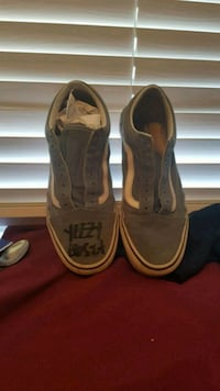 Van's signed by yeezy busta  Surrey, V3R 0R9