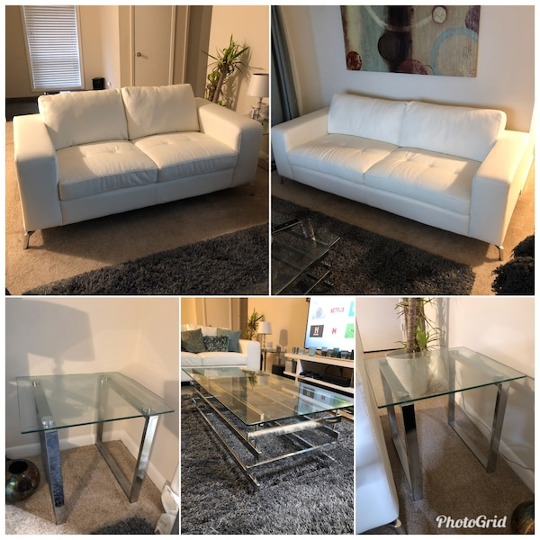 Gebrauchte Living Room Set 2 Couches Two Glass End Tables One