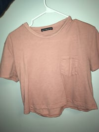 Brandy Melville cropped mauve shirt Calgary, T3G 4A6