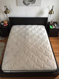 Queen size mattress in great condition