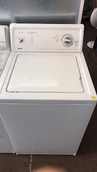 Apartment size washer 24 inch wide washing machine direct drive  Burnaby, V3N 3L4