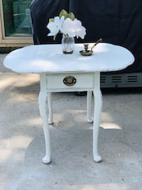 Vintage leaf accent table $75 or best offer  Glen Burnie, 21061