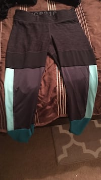 Workout pants size small Tucson, 85750