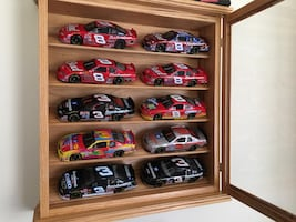 Earnhardt SR and JR diecast collectible cars