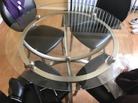 Used glass table with 4 chairs Vernon Hills, 60061
