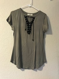 Green top size L with TAG Las Vegas, 89110