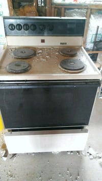black and white electric coil range oven Dearborn Heights, 48127