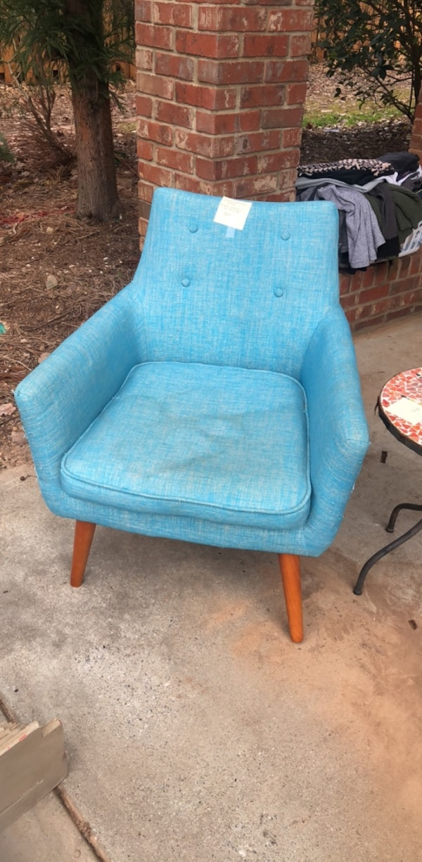 Used Blue Fabric Padded Wooden Chair For Sale In Atlanta Letgo