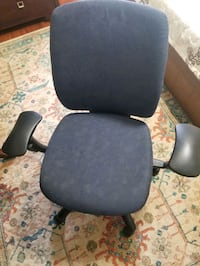 Black and gray rolling chair Mississauga, L5V 2G8