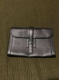 Authentic Hermes Leather Clutch New York, 10024