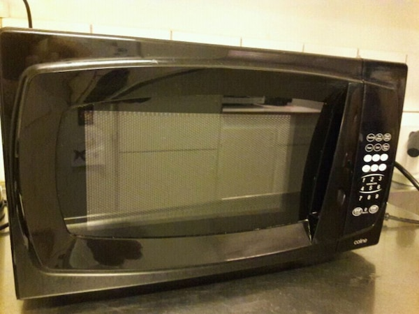 Microwave oven. Good condition.