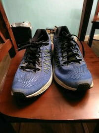 pair of blue-and-black Nike running shoes Fort Walton Beach, 32547