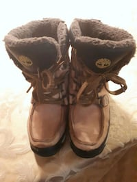 Timberland  Uses boots size 1 Toronto, M3H 2L8