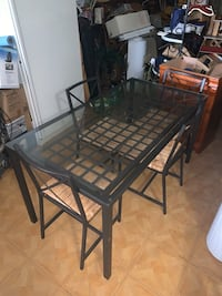 Glass Dining Table w/4 Chairs