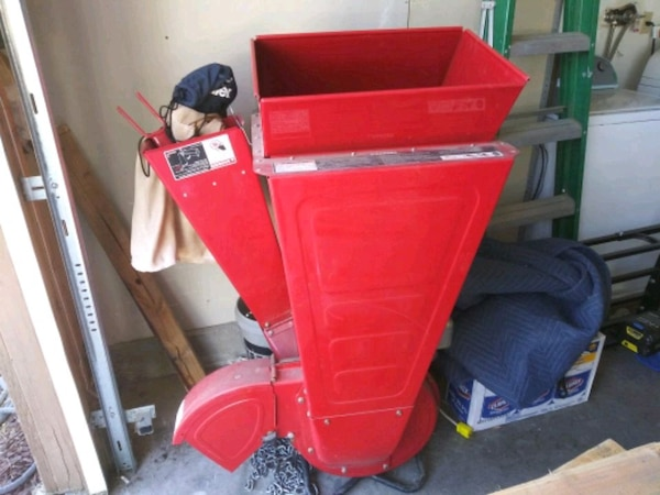 Troy Bilt Chipper
