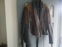 Brown and Black leather motorcycle jacket Size m. Great looking jacket Paducah, 42003
