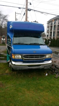 1998 Ford e450 18 passenger short bus