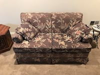 Brown and white floral loveseats Alexandria, 22312