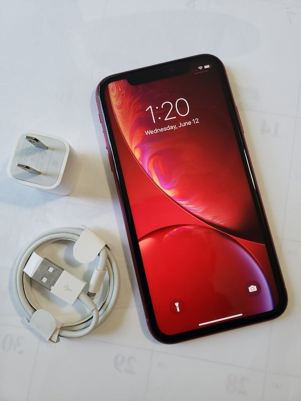 iPhone XR, Factory Unlocked,  Excellent Condition.  64700f1e-a529-4d99-b671-377daffb6a28