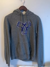 TNA sweater North Vancouver, V7J 1G2