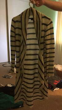 black and gray stripe cardigan Mississauga, L5N 2E3