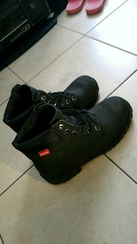 pair of black leather work boots Vancouver, V5Z