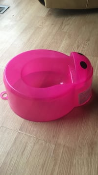 pink potty trainer Coquitlam, V3K 6Y8