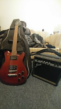 Squier M-89 electric guitar with amp. Cambridge, N3H 3G3