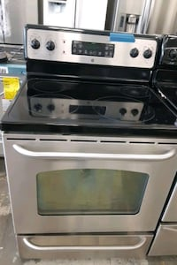 GE Electric stove excellent conditions  Bowie, 20715