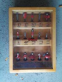"Freud 1/4"" shank router bit set Downers Grove, 60515"