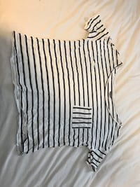 women's black and white striped t shirt  Thousand Oaks, 91320