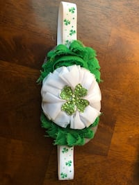 white and green floral wreath London, N5Z