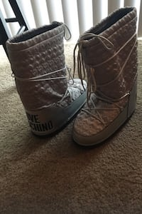 100% Authentic MOSCHINO Snow Boots Silver with Navy trim...