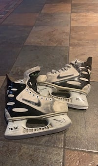Nike air boys hockey skates Toronto, M8W 1W9