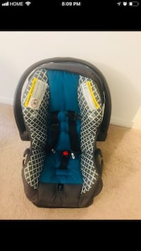 blue and black car seat carrier London, N6B 0B2