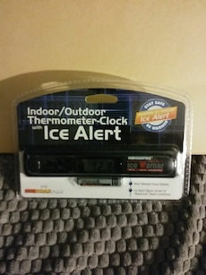 Indoor/Outdoor Thermometer-clock with Ice Alert